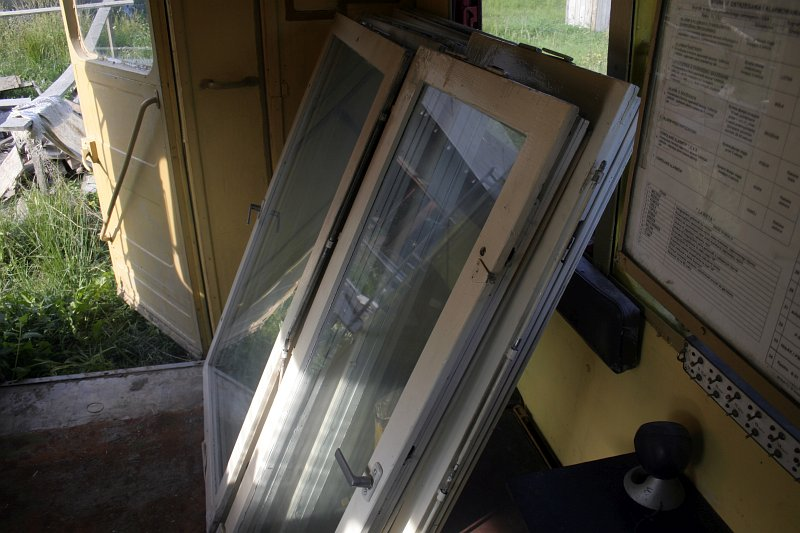 stare drewniane okna - będzie szklarnia